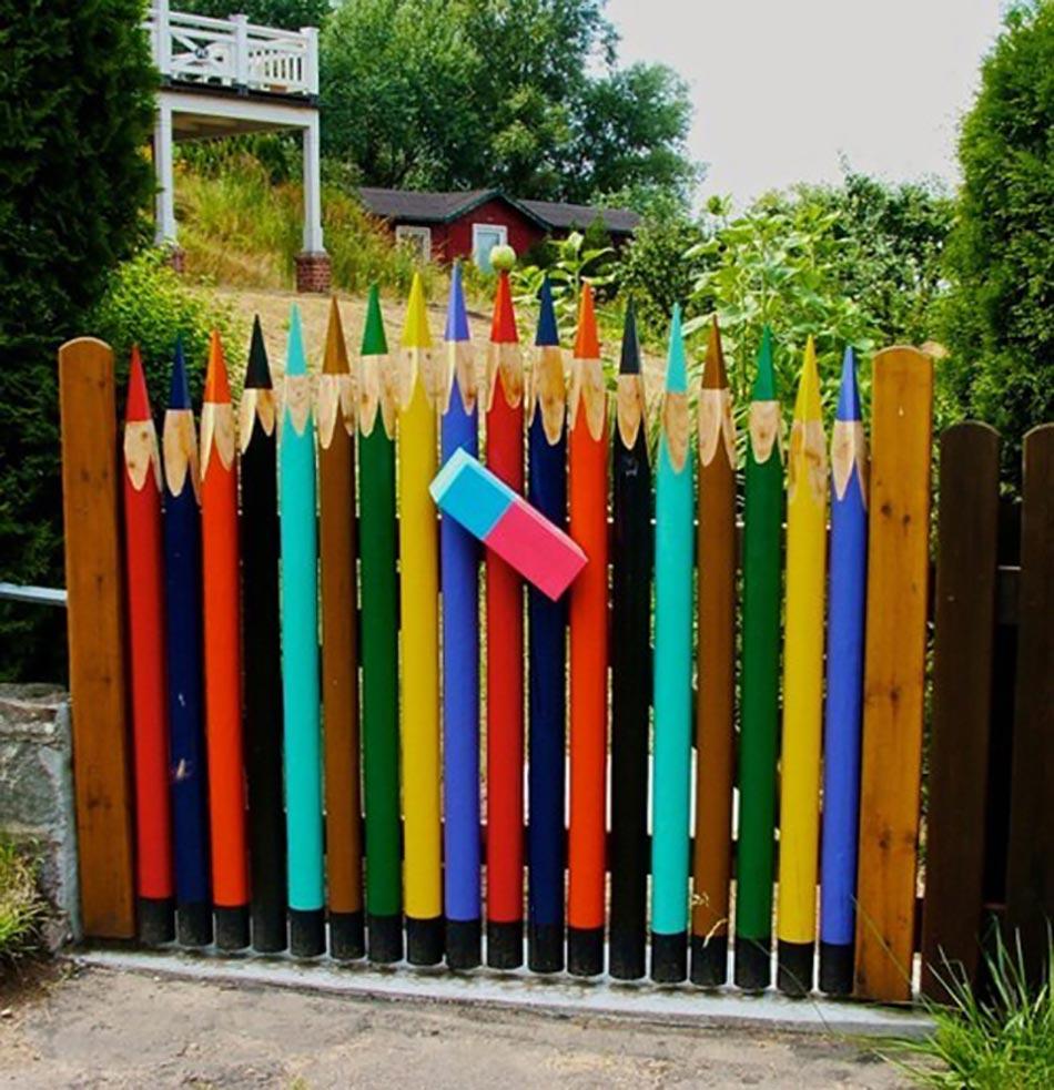 Une Fa Ade Du Jardin Unique Gr Ce Une Cl Ture Originale Design Feria