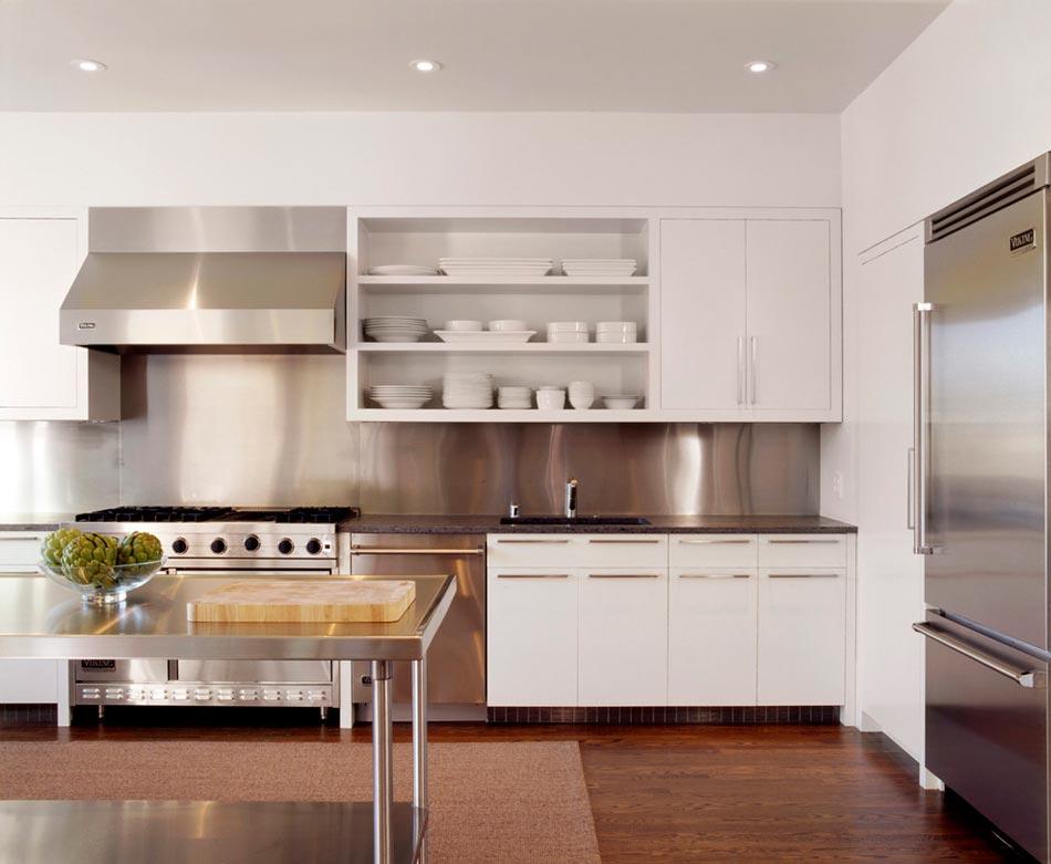 un dosseret de cuisine tendance et moderne en m tal. Black Bedroom Furniture Sets. Home Design Ideas