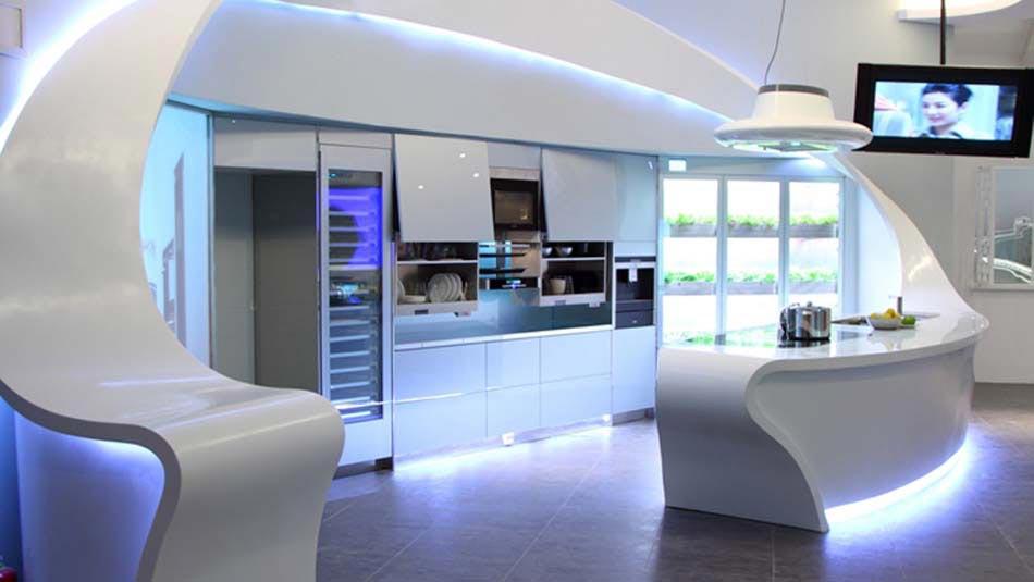 Beau Les Barrettes Lumineuses Et Lu0027éclairage LED Soulignent Davantage Les Lignes  De Cette Cuisine Futuriste