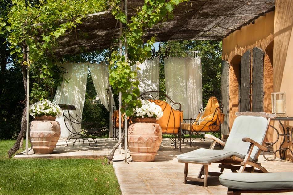 Terrasses couvertes & pergola design offrant des espaces agréables de ...