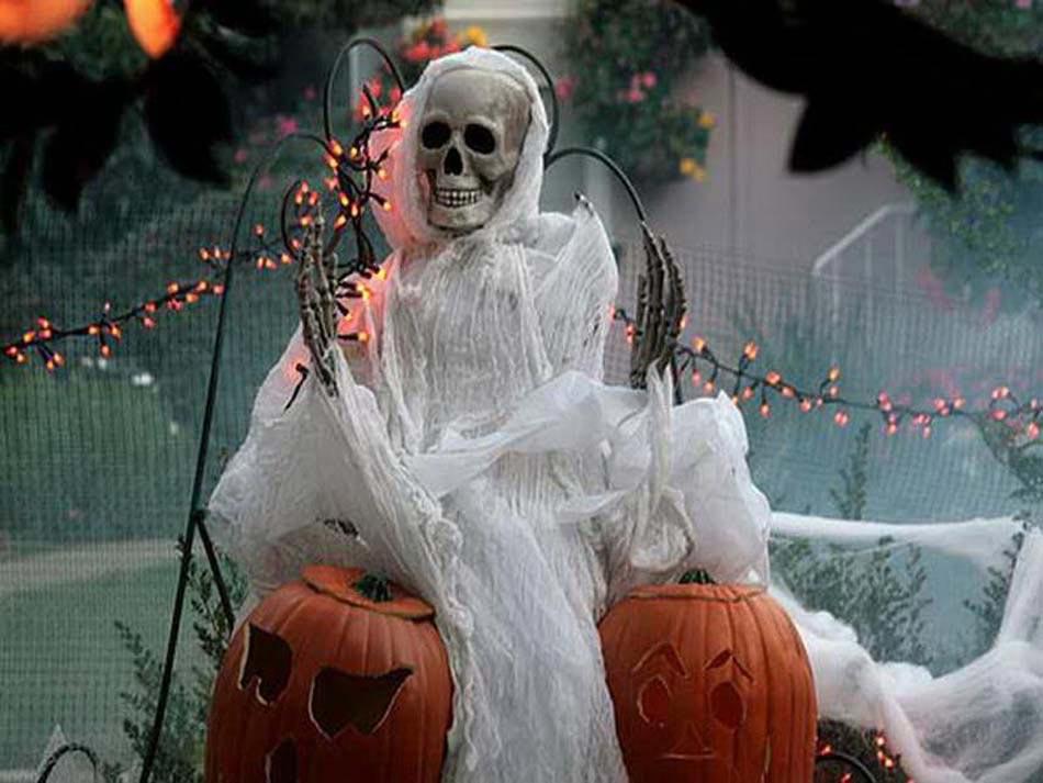 L\u0027élément incontournable pour une décoration Halloween qui fait peur \u2013 le  squelette