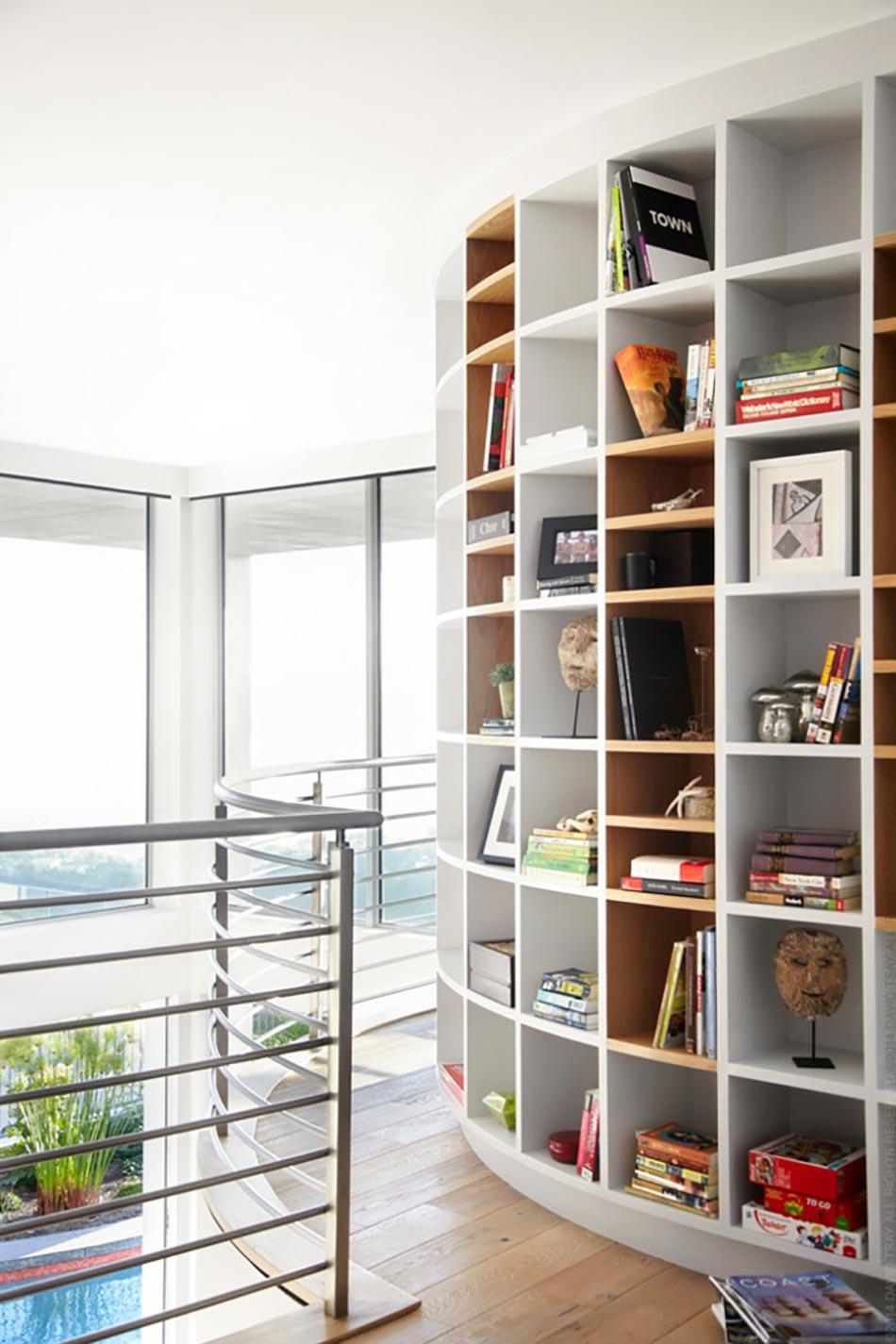 meuble de rangement design pour un s jour aux touches clectiques design feria. Black Bedroom Furniture Sets. Home Design Ideas