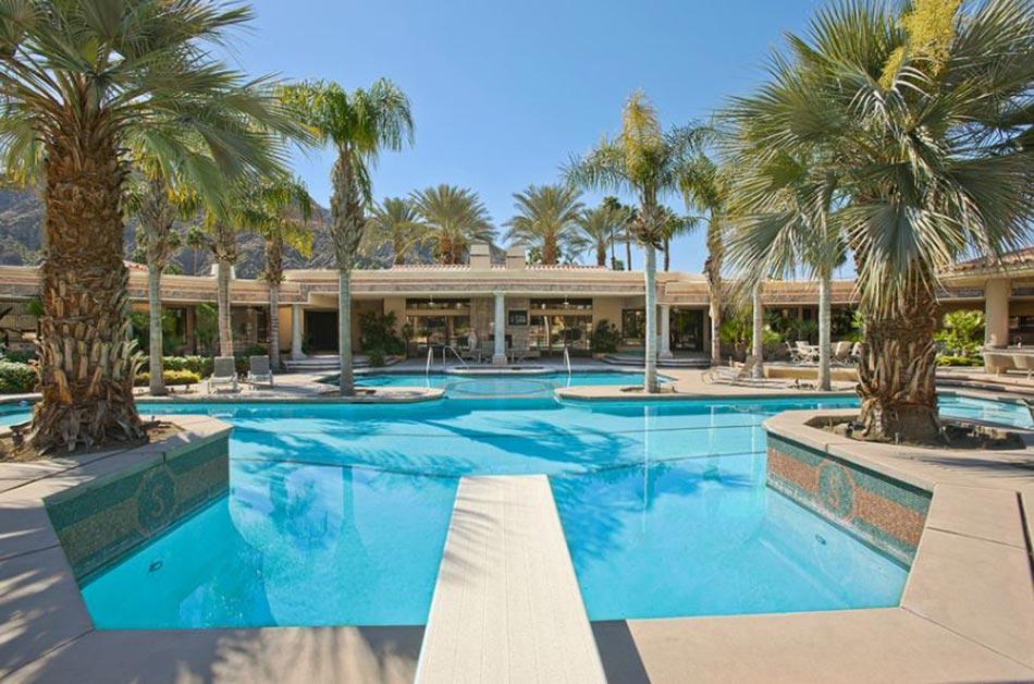 Piscine de luxe pour une r sidence de prestige design feria - Appartement luxe paris avec design sophistique et elegant ...
