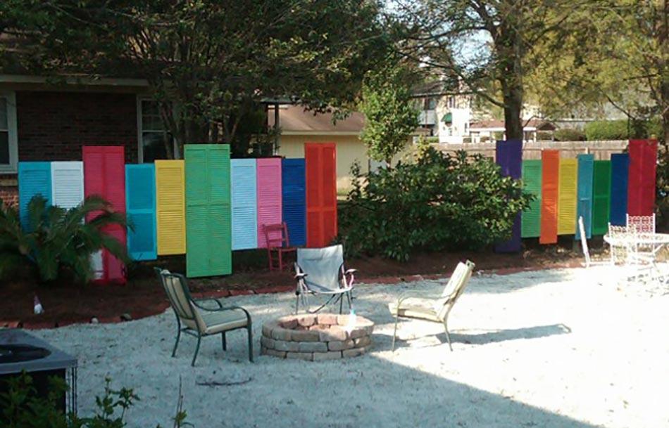 Une fa ade du jardin unique gr ce une cl ture originale for Idee palissade jardin