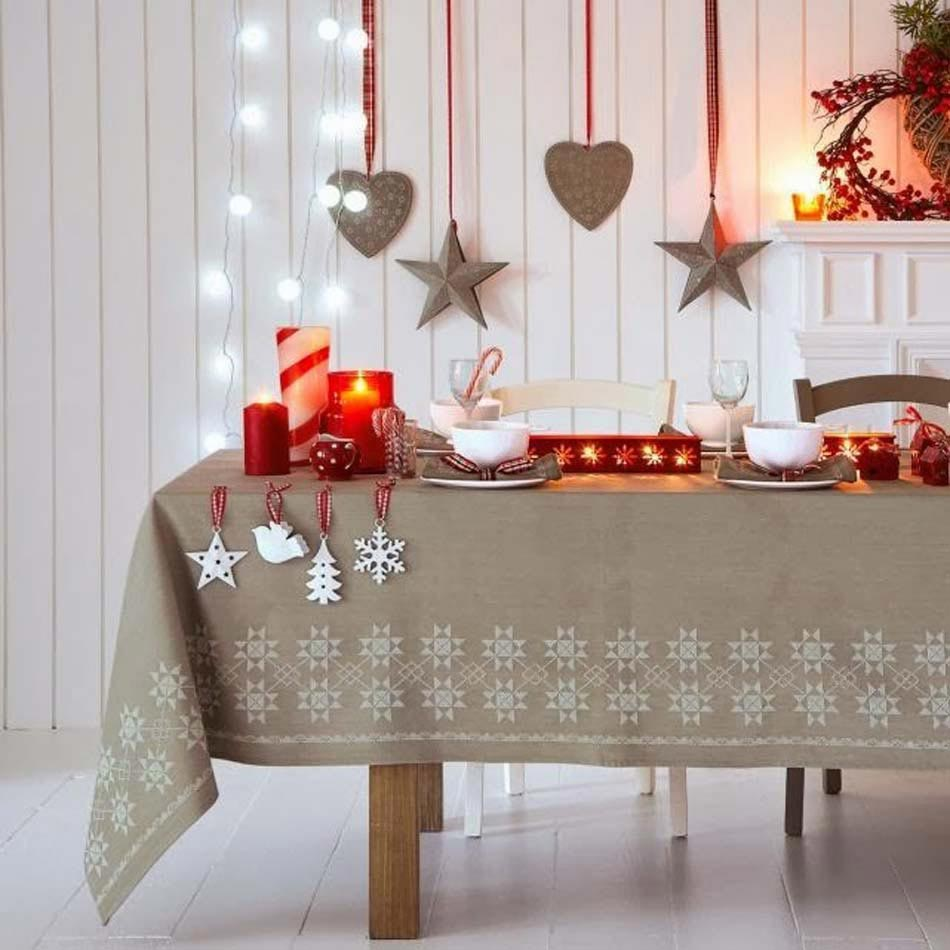 Deco table de noel rouge et blanc fashion designs for Idee deco table de noel