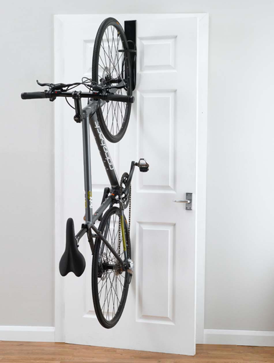Support v lo au design int ressant et cr atif pour - Support velo appartement ...