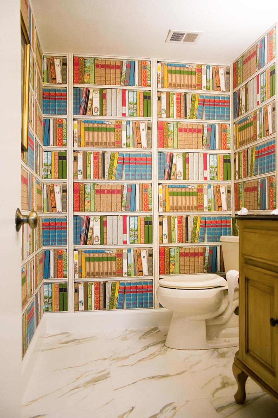 Idees de decoration inspirantes pour rendre nos toilettes for Kitchen cabinets lowes with poser papier peint