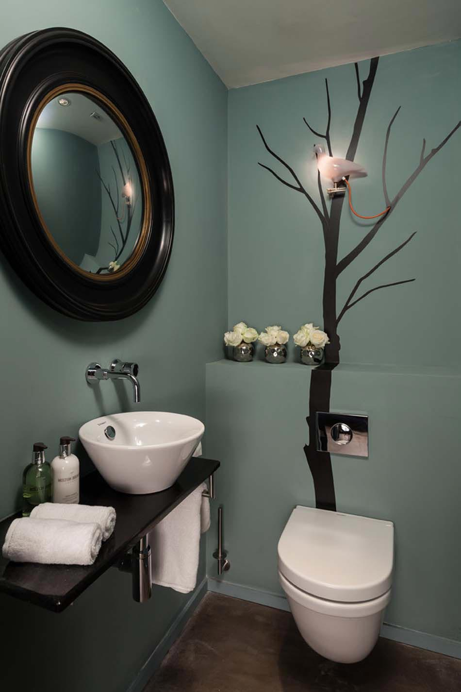 Id es de d coration inspirantes pour rendre nos toilettes surprenantes design feria for Deco wc bleu