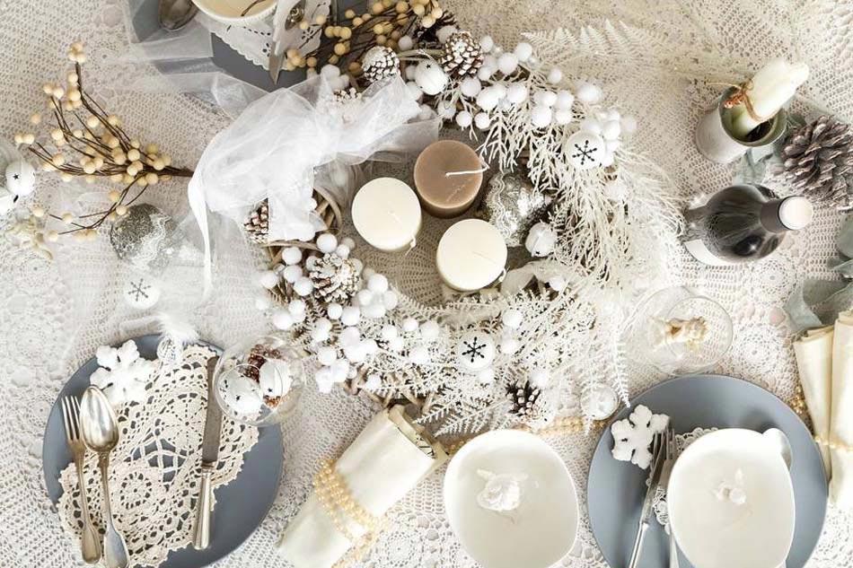 Des id es int ressantes pour une d coration table de no l r ussie design feria - Decorazioni per capodanno fai da te ...