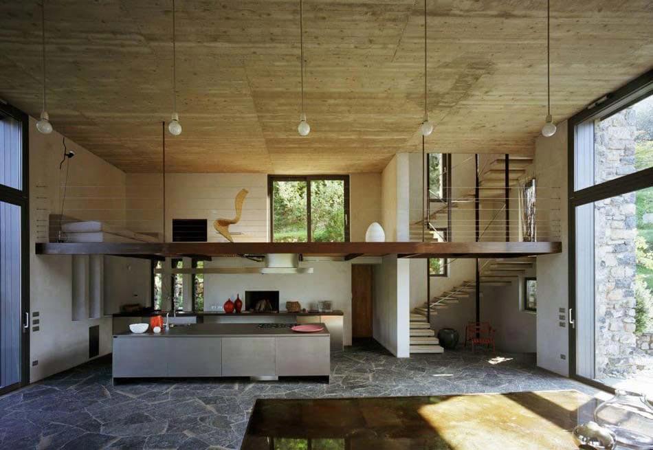 Belle demeure italienne au caractère éclectique et créatif située ...