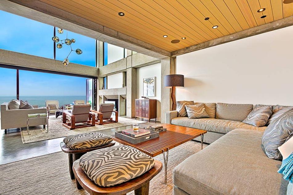 Magnifique villa de vacances louer avec une vue spectaculaire sur la plage design feria for Un salon de luxe