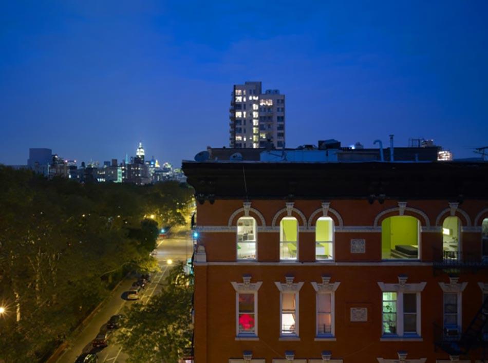 Bon Ce Loft Design Industriel New Yorkais Vu Depuis Extérieur