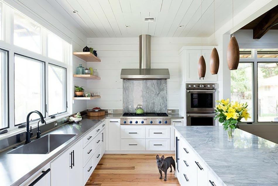 Ambiance cosy par le luminaire led dans une cuisine for Grande cuisine ouverte