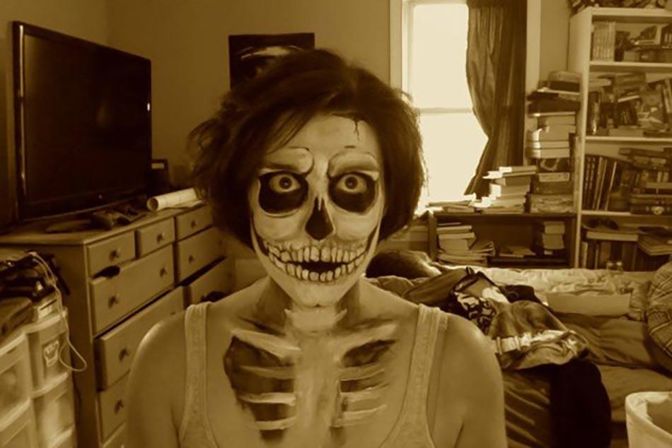 15 exemples de maquillages halloween pour se faire ou for Decoration qui fait peur