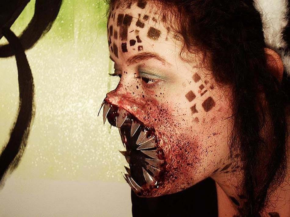 15 id es de maquillage halloween myst re horreur ou gore - Maquillage toile d araignee visage ...