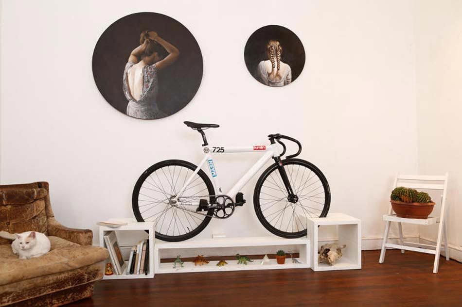 Encore un meuble de designer qui fait du vélo la pièce centrale du