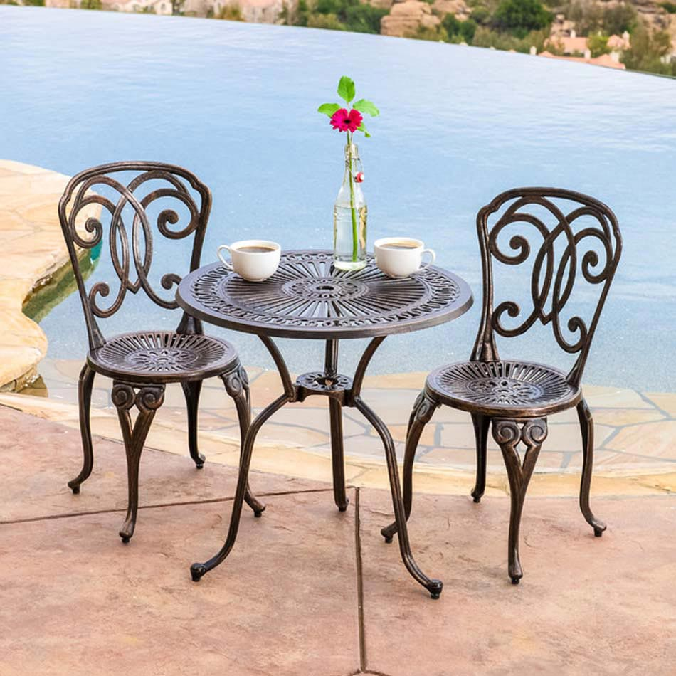 table de bistro reliant fonctionnalit et esth tisme afin d embellir les espaces ext rieurs de. Black Bedroom Furniture Sets. Home Design Ideas