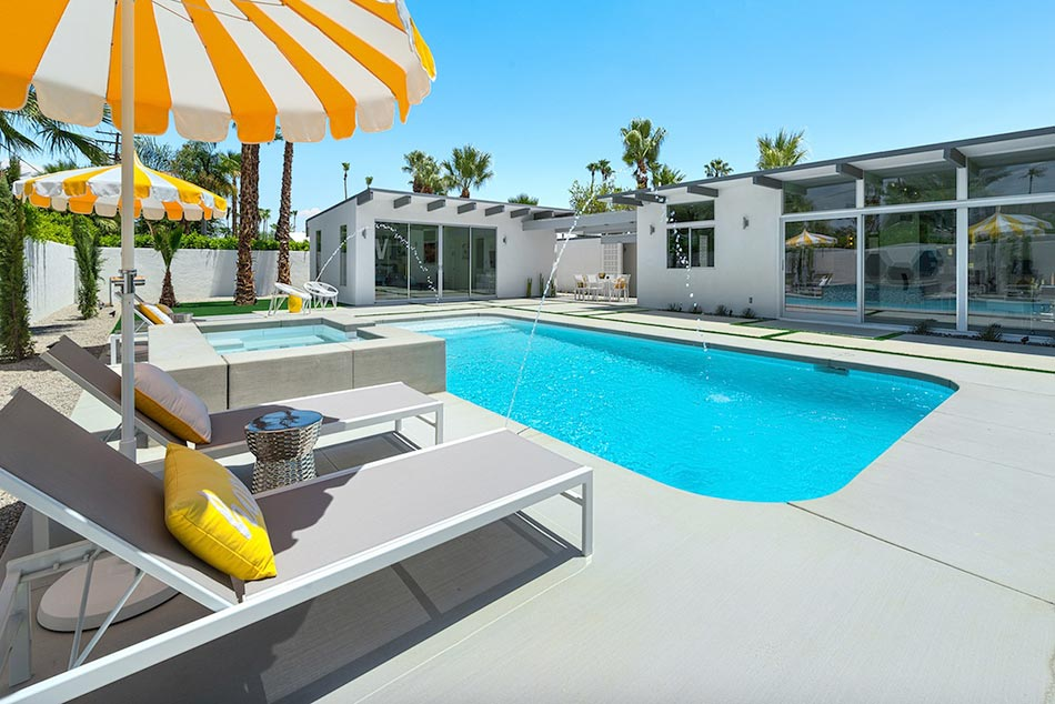 piscine de luxe pour une r sidence de prestige design feria. Black Bedroom Furniture Sets. Home Design Ideas