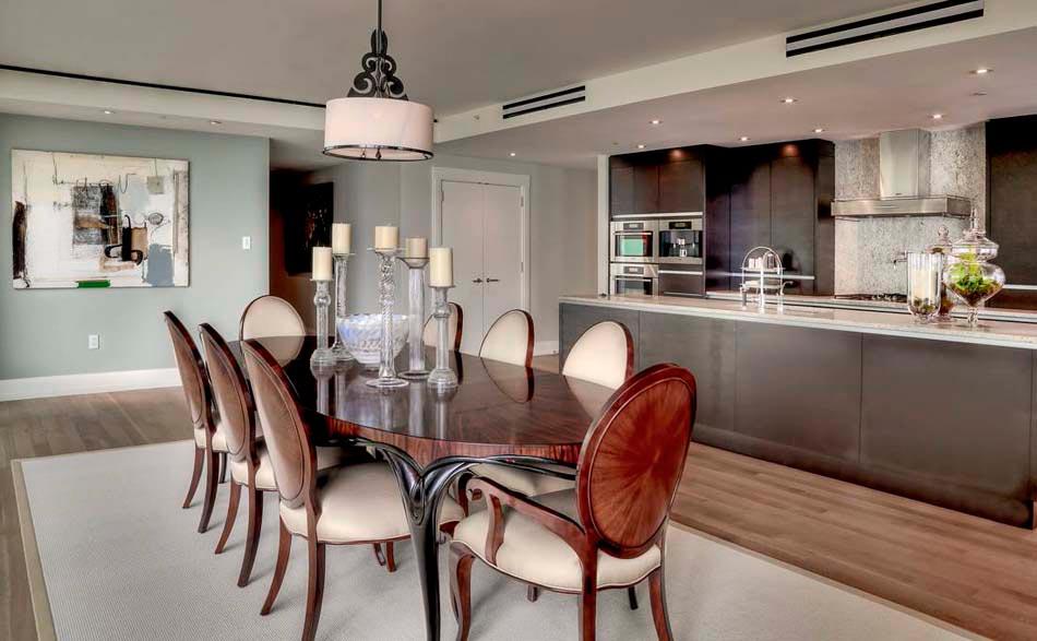 Chandelier design un accessoire ind modable plein de gr ce design feria for Petite table de salle a manger pour deco cuisine