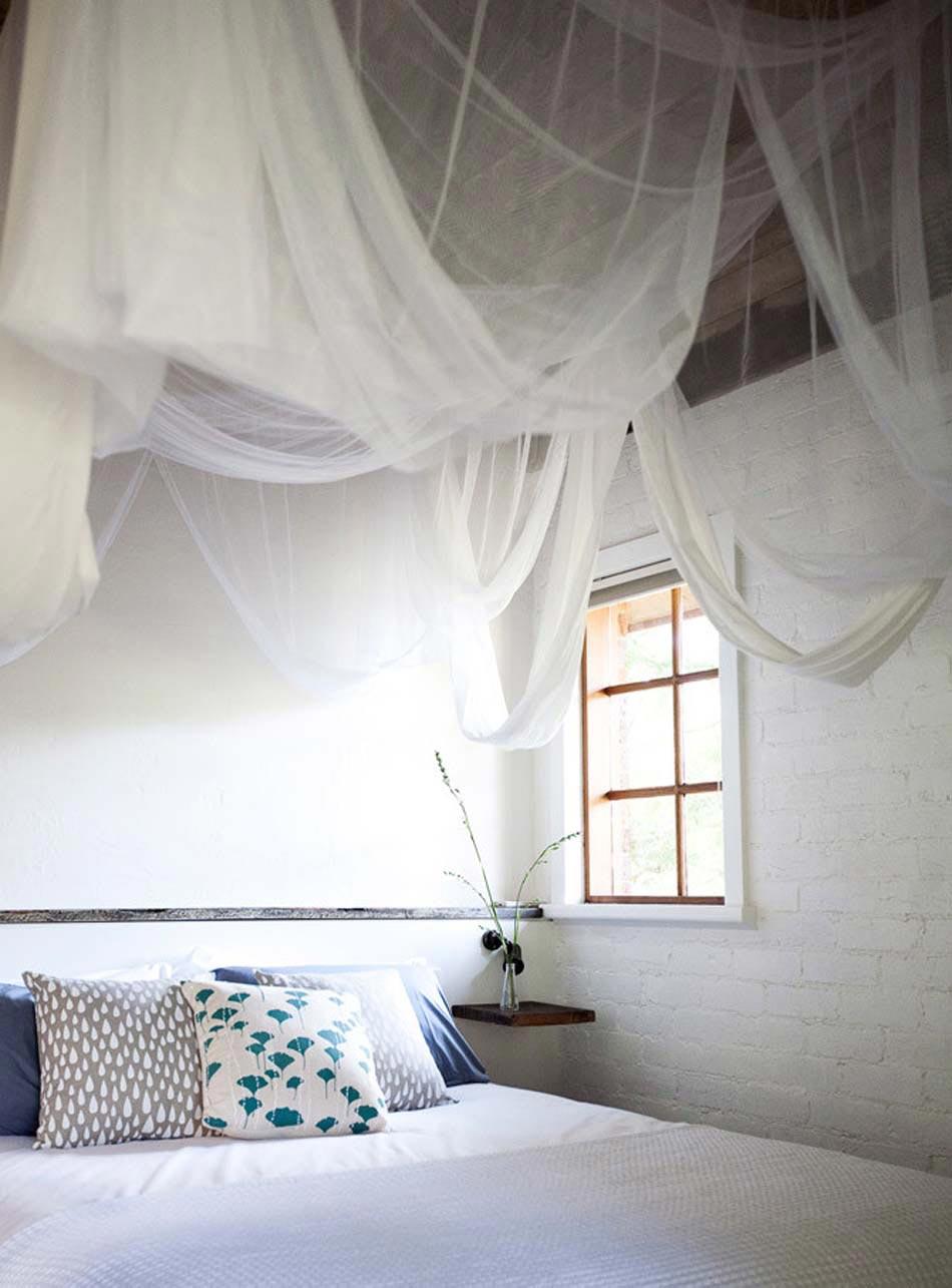 Toile moustiquaire en tant qu accessoire d co pratique et for Accessoire deco chambre