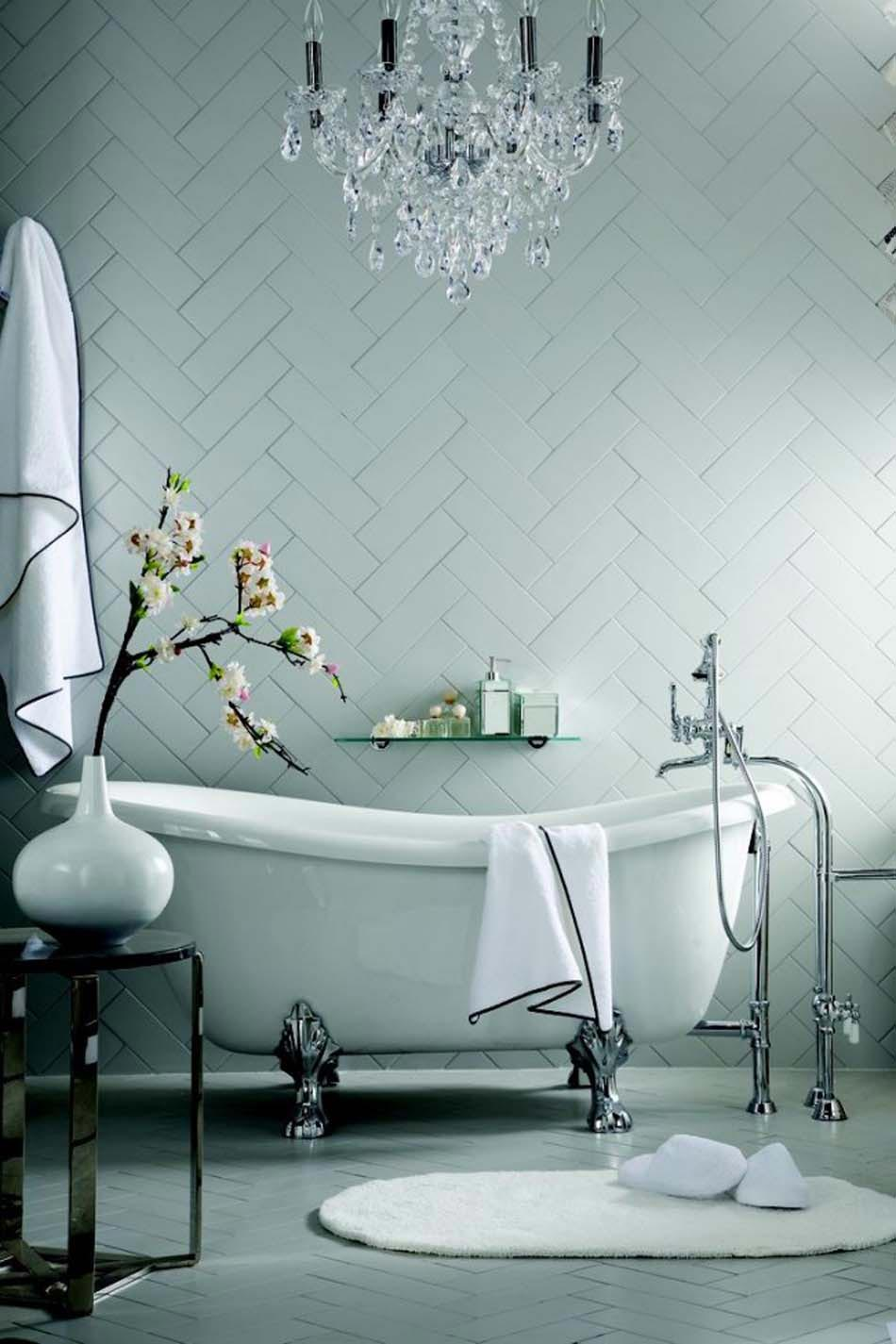 personnaliser sa salle de bain design avec un look extravagant ou cr atif design feria. Black Bedroom Furniture Sets. Home Design Ideas