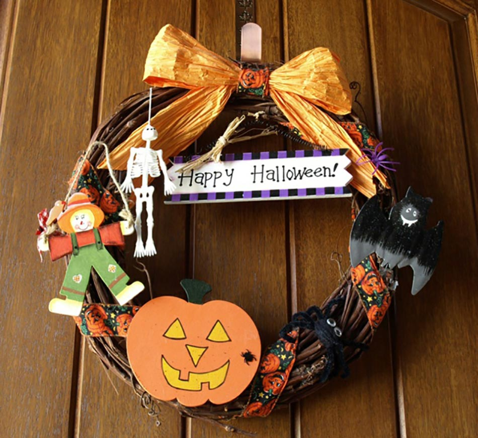 12 couronnes en d coration de porte sp cial halloween for Idee decoration porte halloween