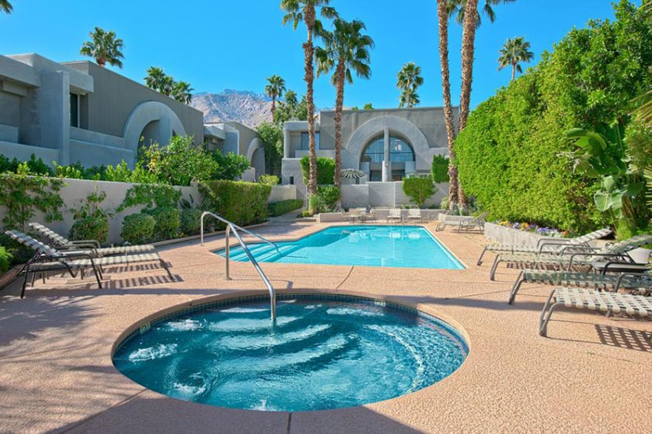 Piscine de luxe pour une r sidence de prestige design feria for Residence a mohammedia avec piscine