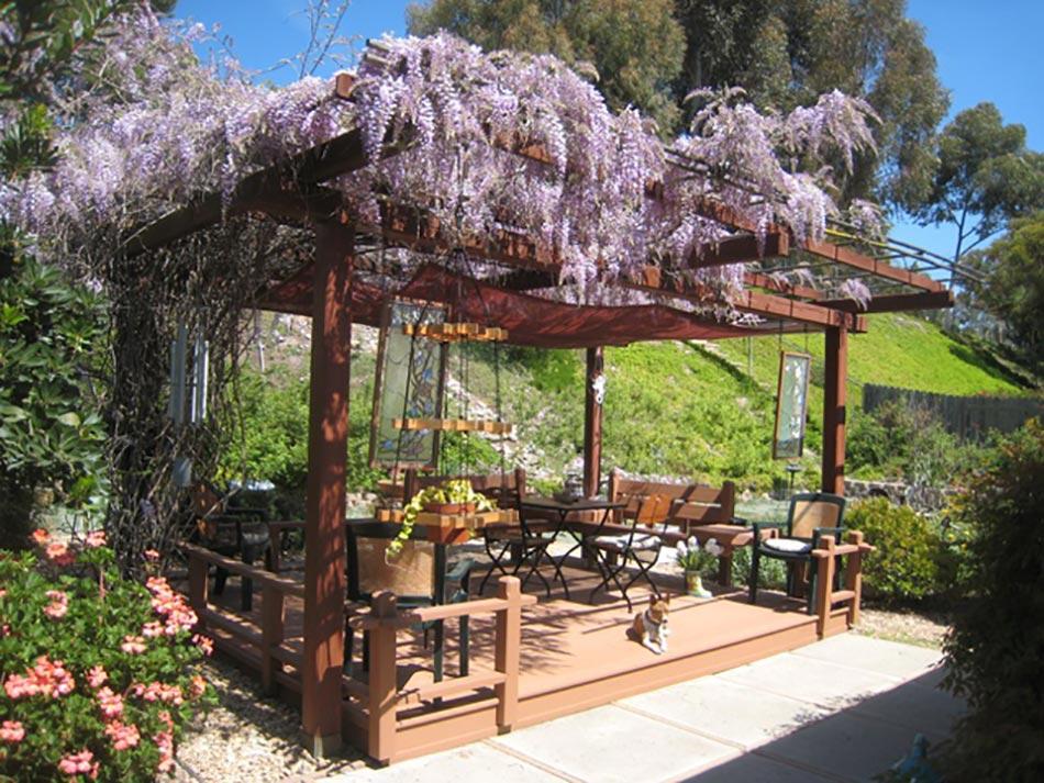 12 exemples d am nagement jardin avec des glycines for Salon de jardin couvert