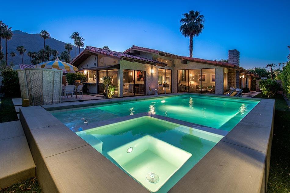 Piscine de luxe pour une r sidence de prestige design feria - Hotel avec piscine et jacuzzi dans la chambre ...