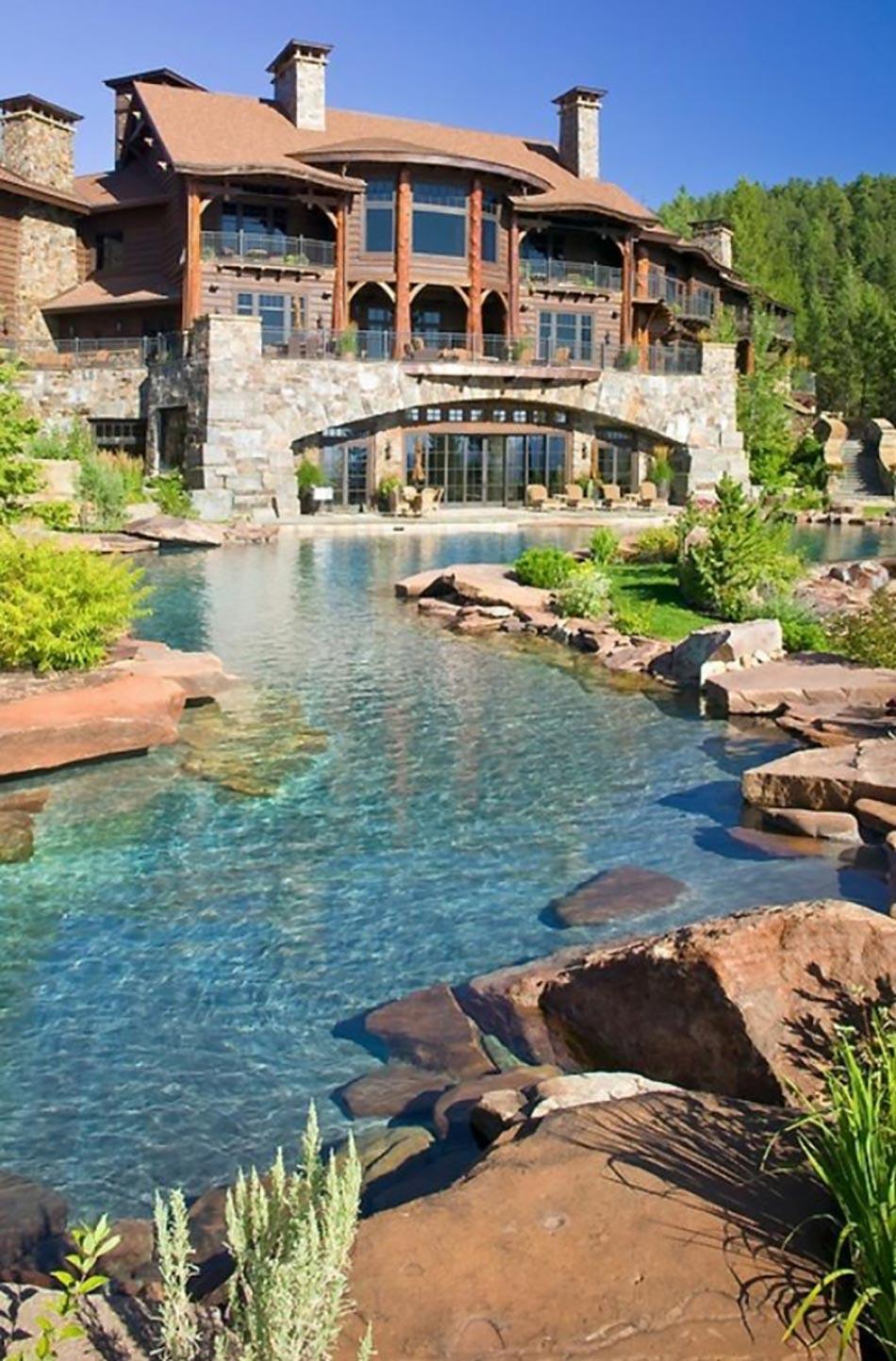Piscine ext rieure pour un jardin unique design feria for Exterieur piscine jardin