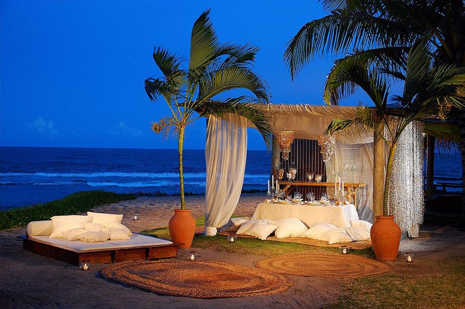 diner romantique sur la plage le meilleur endroit pour. Black Bedroom Furniture Sets. Home Design Ideas