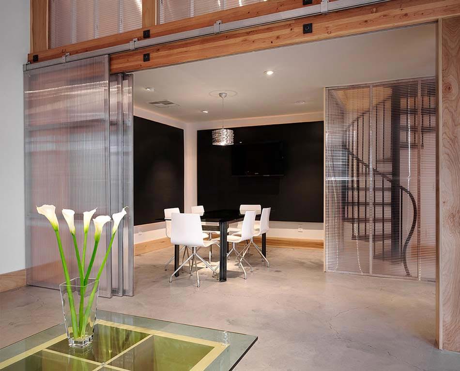 porte int rieure vitr e et sa place dans le design int rieur d une maison moderne design feria. Black Bedroom Furniture Sets. Home Design Ideas