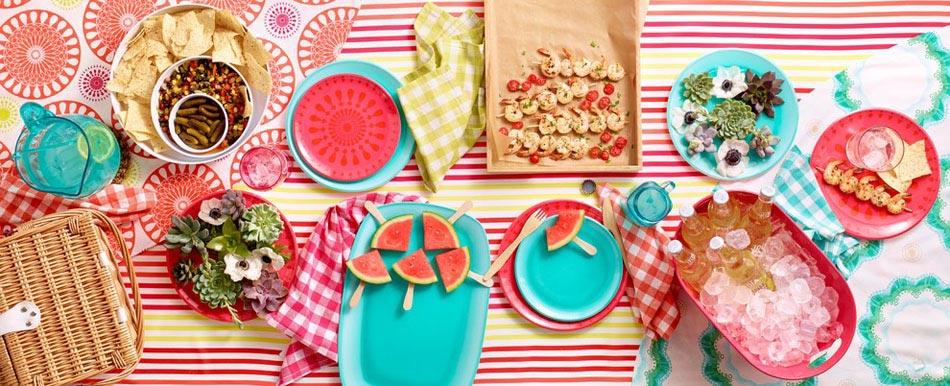 15 id es d co pour profiter d un repas entre amis en plein for Idee plat pour recevoir des amis