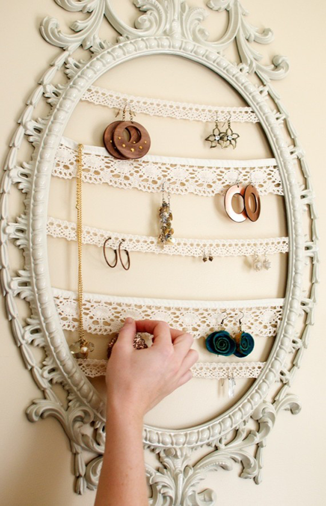 11 id es originales de rangement bijoux faire soi m me for Decoration porte bijoux