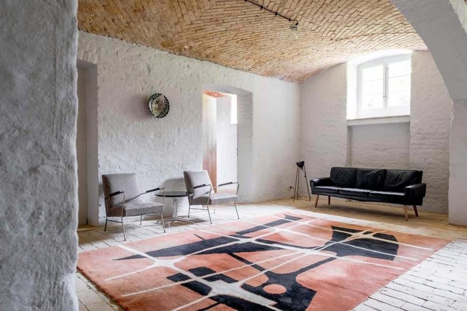 Charmant Les Quelques Meubles De Cet Appartement De Vacances Soulignent Le Bel  Espace De Vie