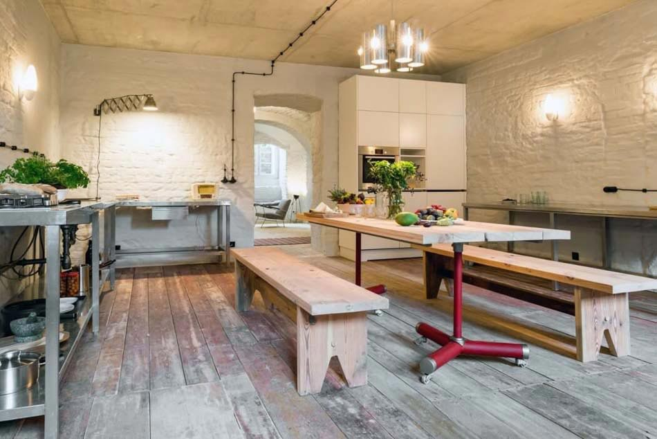 Incroyable La Cuisine De Cet Appartement De Vacances Séparée U0026 Aménagée Dans Un Style  Vintage Rustique