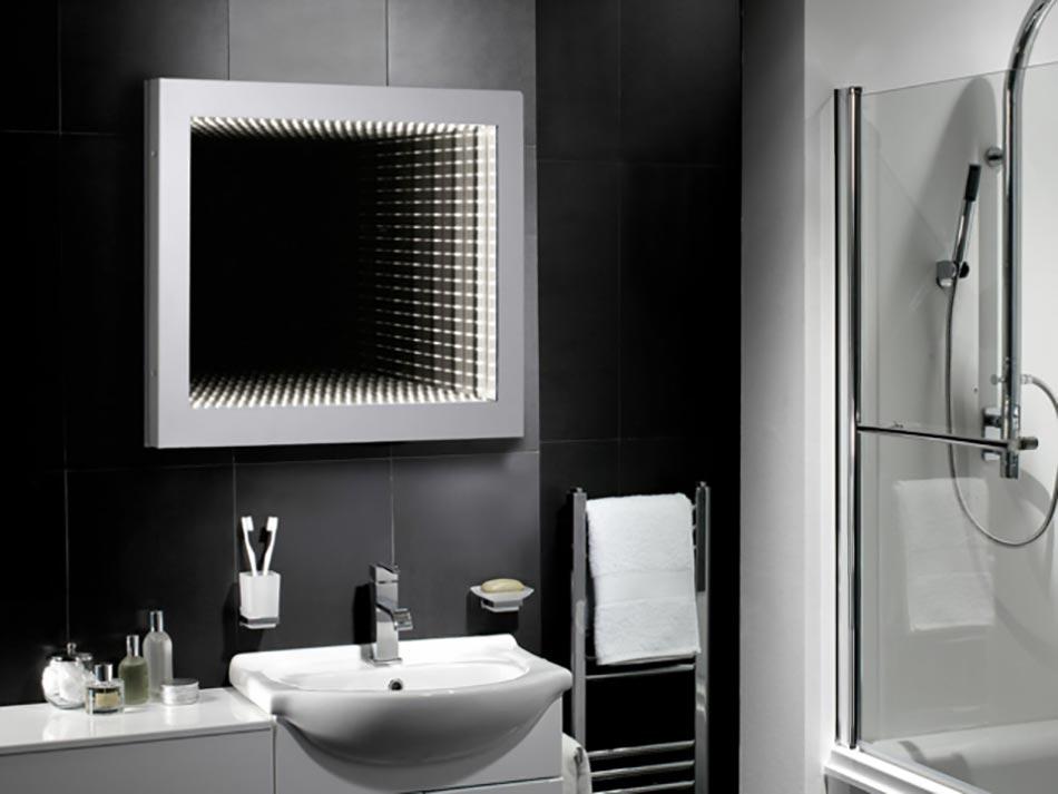 Miroir de salle de bain à l\'encadrement design | Design Feria