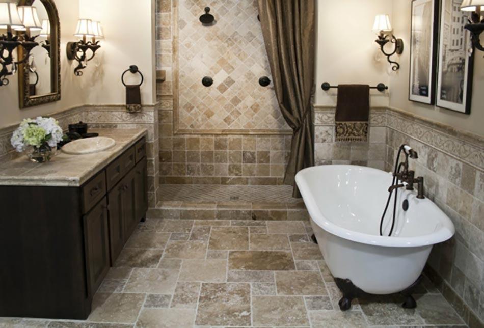 Baignoire ancienne pour une salle de bains retro design - Salle de bain avec baignoire sur pied ...