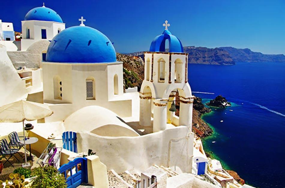 Un Week End Amoureux En Blanc Et Bleu à Santorin