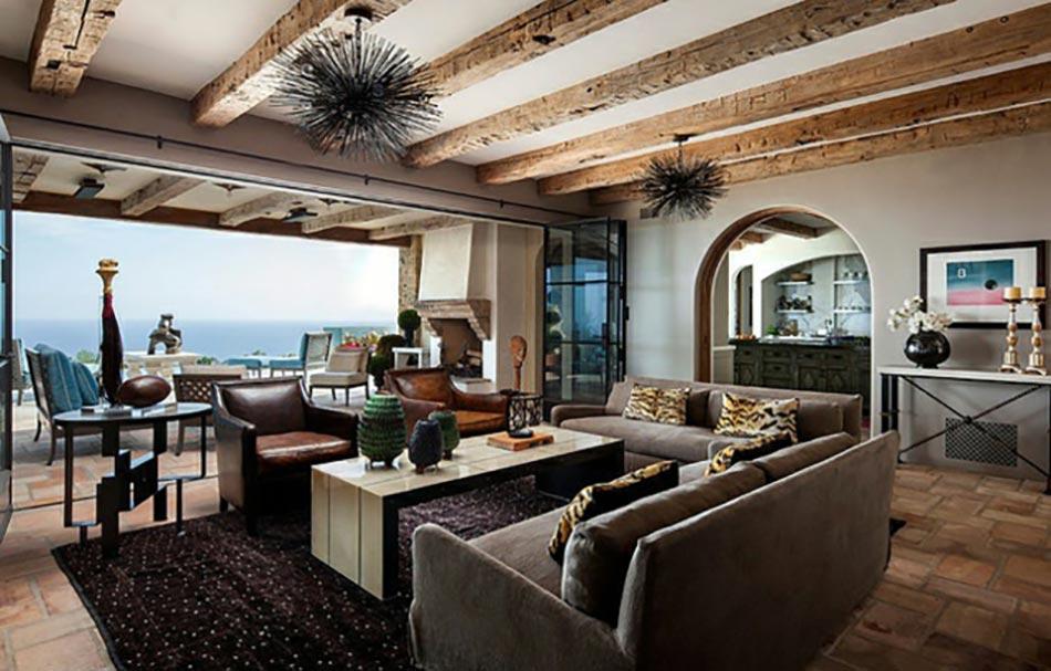 Superbe Séjour Panorama Splendide Meubles Rustiques Poutres Apparentes