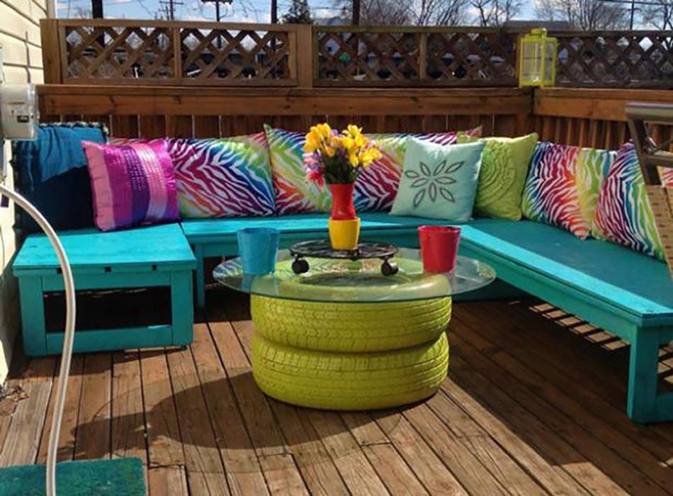 Id es d co pour la maison et le jardin l aide de pneus auto design feria for Idee salon de jardin original