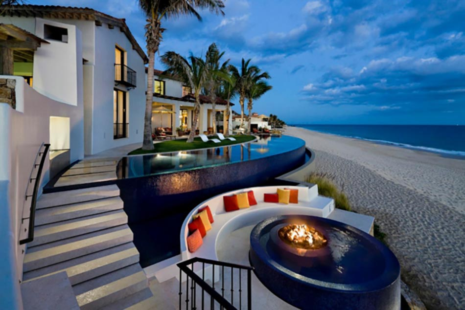Piscine luxe le c ur des espaces outdoor design feria for Cash piscine lyon