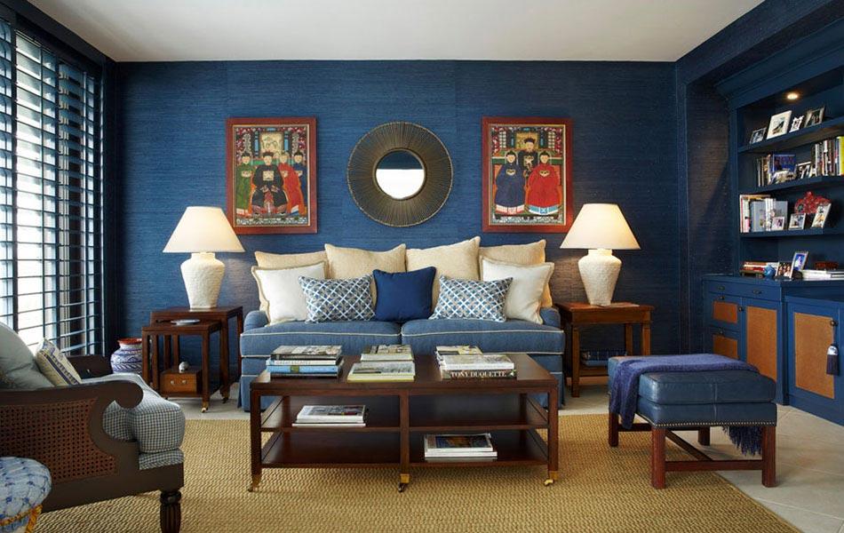 15 id es int ressantes pour d corer un salon dans les tons bleus design feria for Decoration salon bleu marine