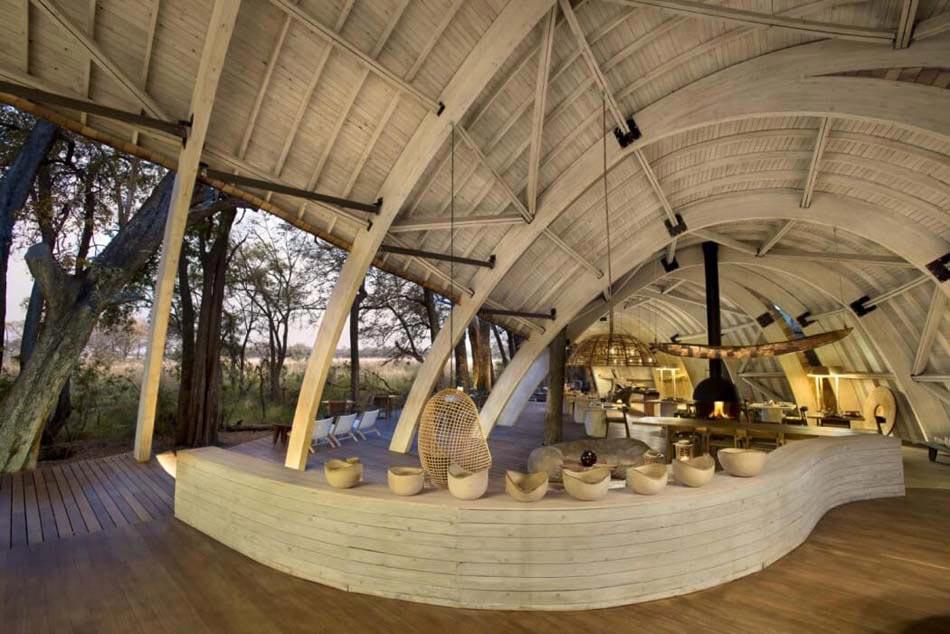 Vacances exotiques pour un safari de tout confort botswana design feria for Bois design interieur