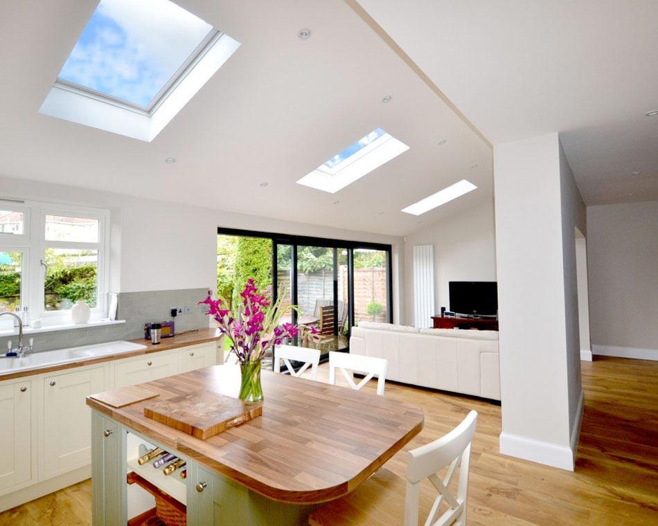 Fabuleux La fenêtre de toit de la marque VELUX : créateur de lumière  AL41