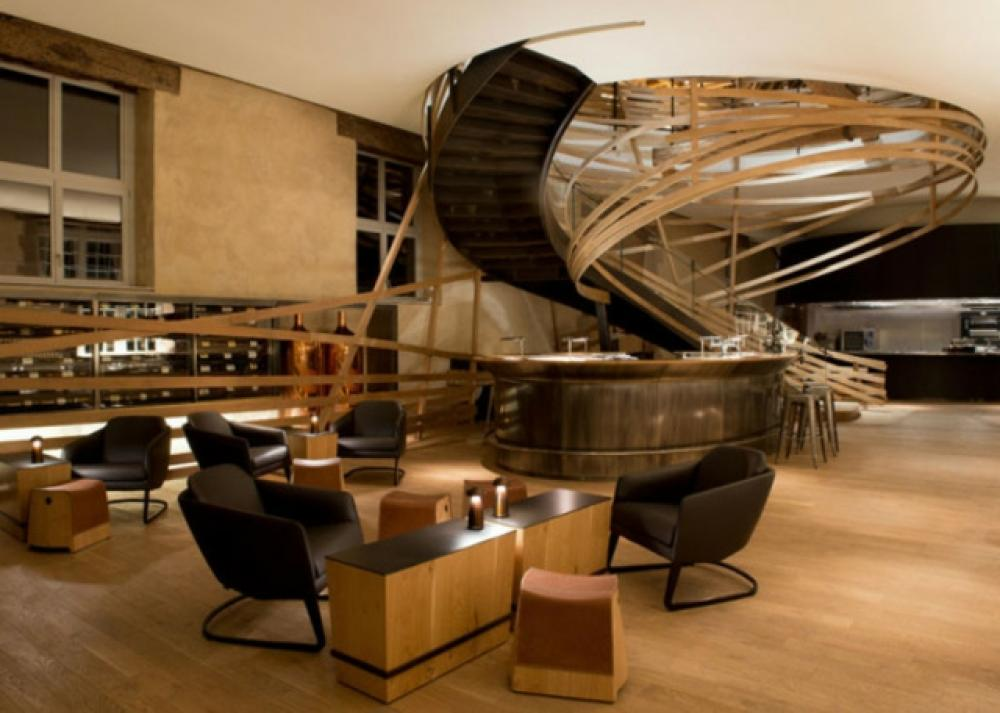 H tel les haras un lieu o l histoire et la modernit se for Designhotel elsass