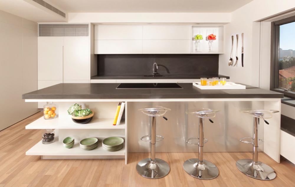 Genial Cuisine Minimaliste Au Design Contemporain En Blanc. Belle Moderne Cuisine  Du0027appartement