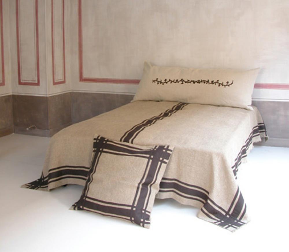 Le rôle des tissus dans une décoration chambre réussie   Design Feria 4d1bfe9c5b44