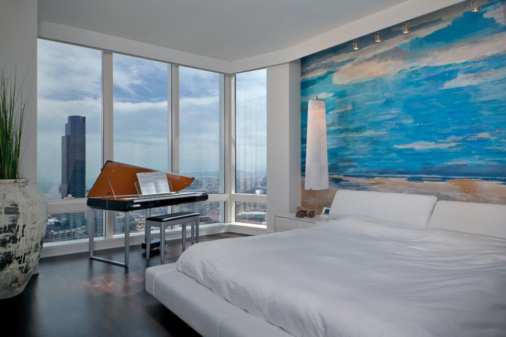 Belle chambre avec vue sur la ville