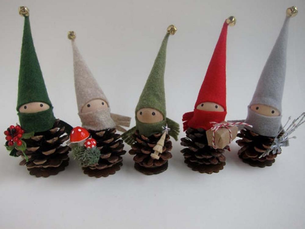 déco créative Noël pomme de pin